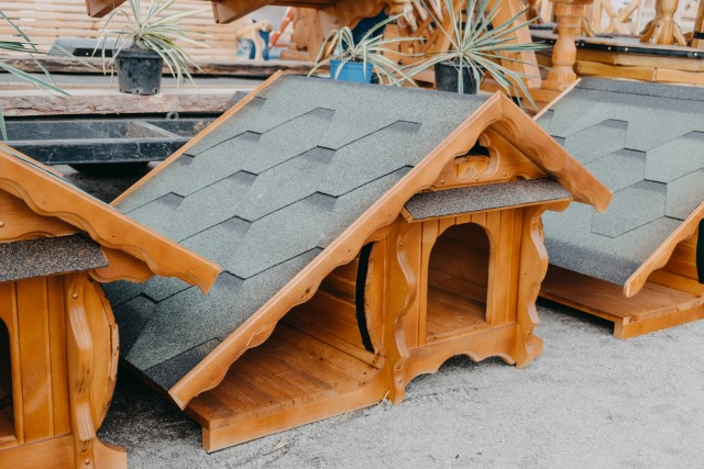 woodwork doghouse