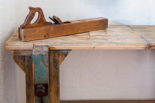 bench 8